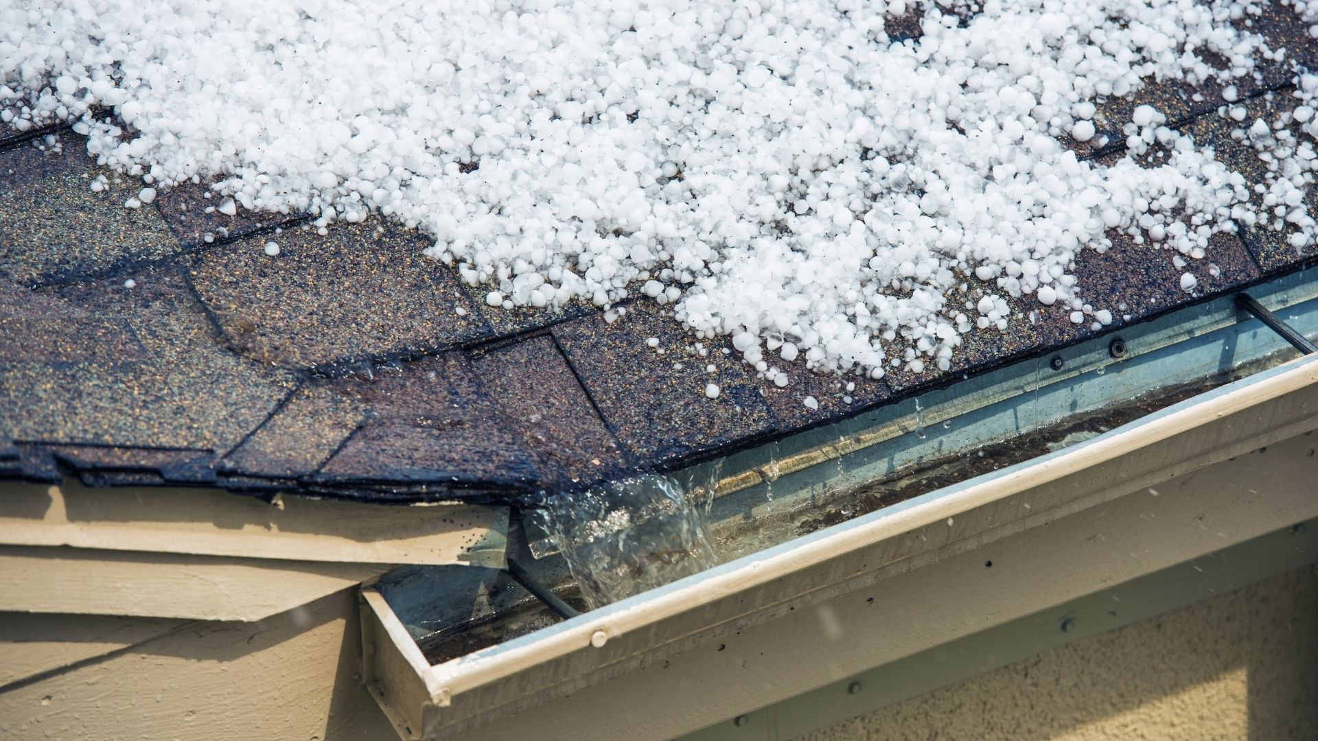 Four Signs Your Home Suffered from Storm Damage